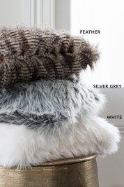 nile_faux_fur_cushion_detail_2